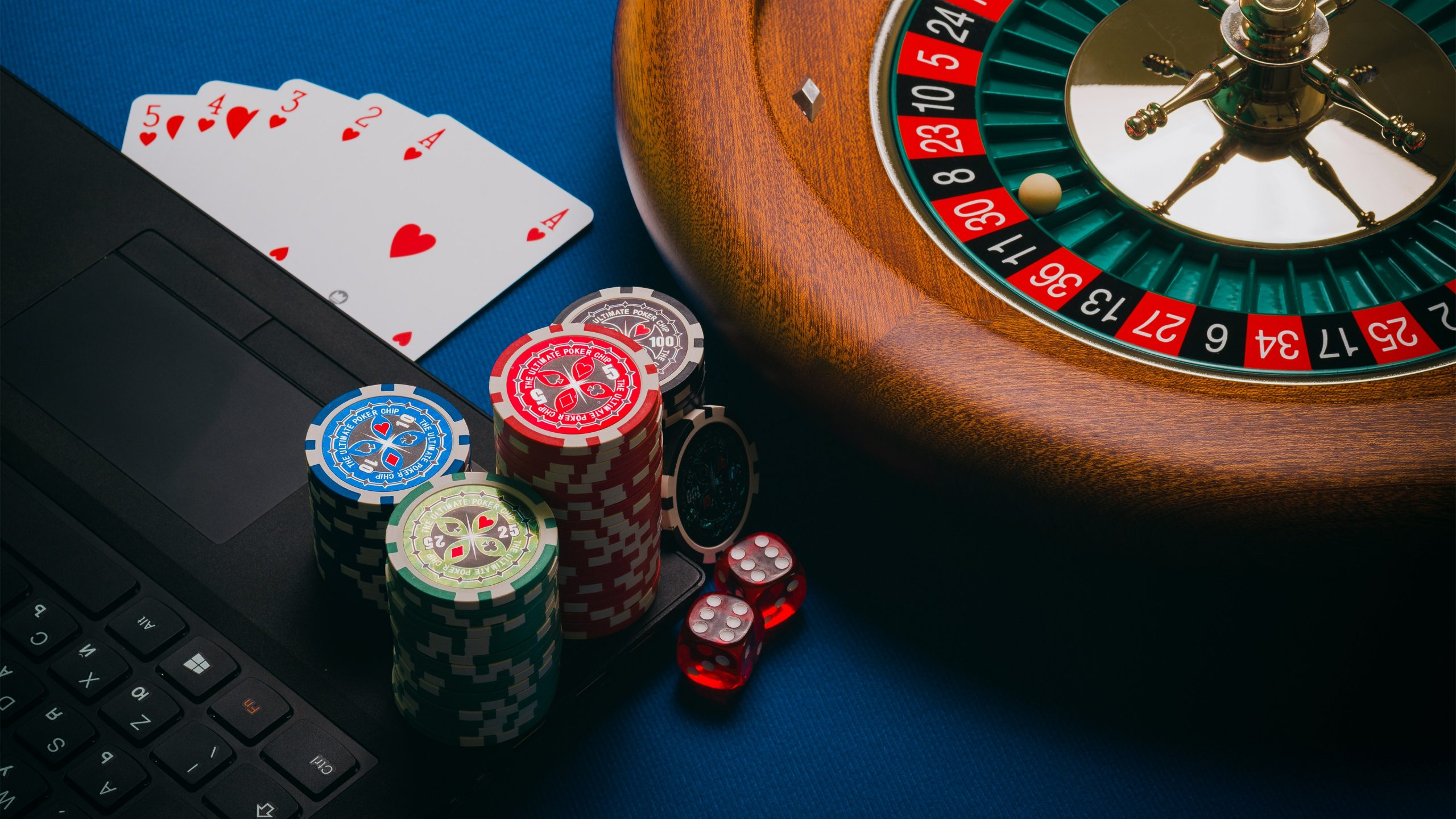 play online roulette with bonus and win real money at Royal Vegas